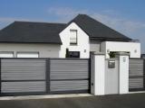 Portails Nantes : Portail et portillon aluminium avec remplissage lames bois composite